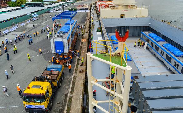 Cột mốc quan trọng tăng tốc đưa metro số 1 về đích - Ảnh 4.