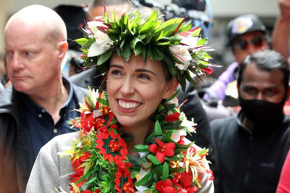 Thủ tướng New Zealand chọn cấp phó đồng tính, ngoại trưởng xăm mặt - Ảnh 1.