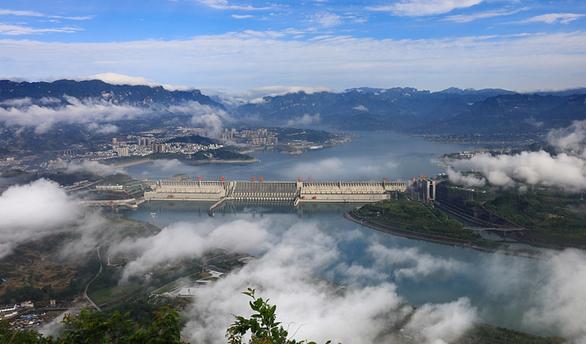 Trung Quốc tuyên bố xây xong đập Tam Hiệp sau 26 năm khởi công - Ảnh 1.