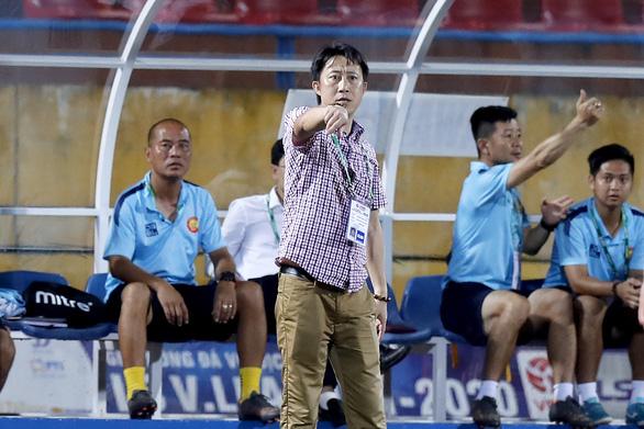 Quảng Nam ngày trở lại V-League còn xa - Ảnh 1.