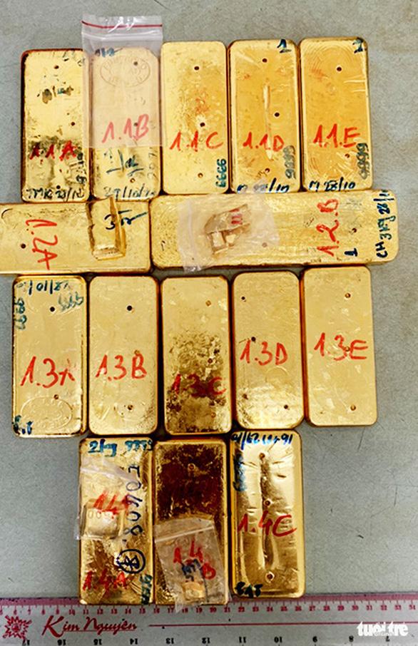 Bắt 4 người liên quan vụ vận chuyển 51kg vàng 9999 từ Campuchia vào VN - Ảnh 1.