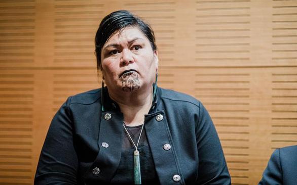 Thủ tướng New Zealand chọn cấp phó đồng tính, ngoại trưởng xăm mặt - Ảnh 2.