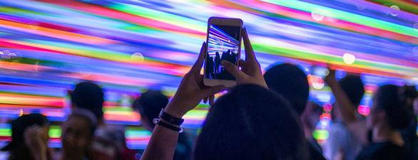 Tỉ lệ người dùng Internet mới của Việt Nam cao nhất Đông Nam Á - Ảnh 1.