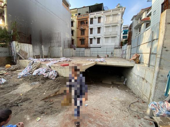 Chủ tịch quận Ba Đình: Nhà phố 5 tầng nổi có 4 tầng hầm 'phù hợp với quy định' - Ảnh 2.
