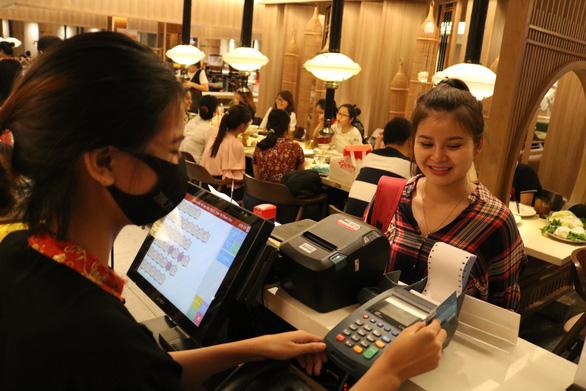 103 triệu thẻ ngân hàng đang lưu hành trên thị trường - Ảnh 1.