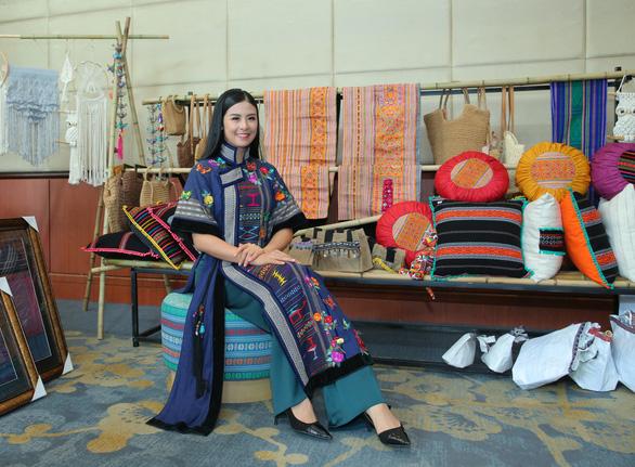 14 tỉnh thành tham gia Lễ hội văn hóa thổ cẩm Việt Nam lần thứ II - Ảnh 2.