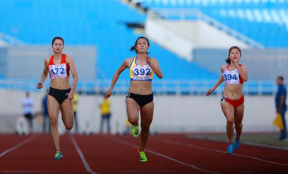 Lê Tú Chinh vượt thành tích SEA Games - Ảnh 1.