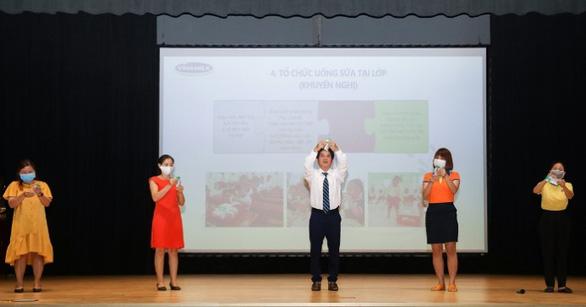 Chương trình sữa học đường TP.HCM mở rộng đến 24 quận, huyện - Ảnh 3.
