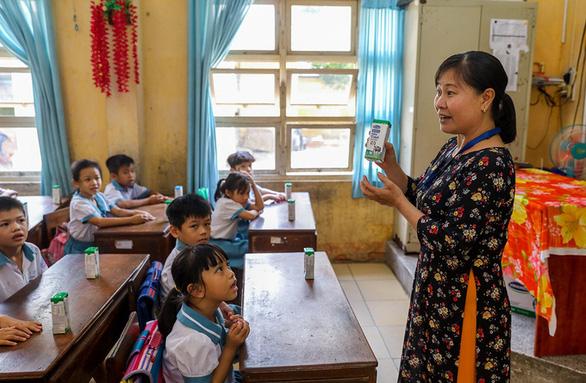 Chương trình sữa học đường TP.HCM mở rộng đến 24 quận, huyện - Ảnh 5.