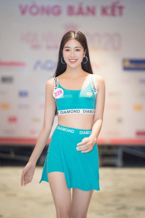 Vẻ duyên dáng của tiếp viên hàng không thi hoa hậu Đặng Vân Ly - Ảnh 6.