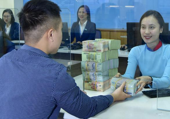 Lãi 17.085 tỉ đồng, VietinBank đề xuất trả cổ tức bằng tiền mặt là 5% - Ảnh 1.
