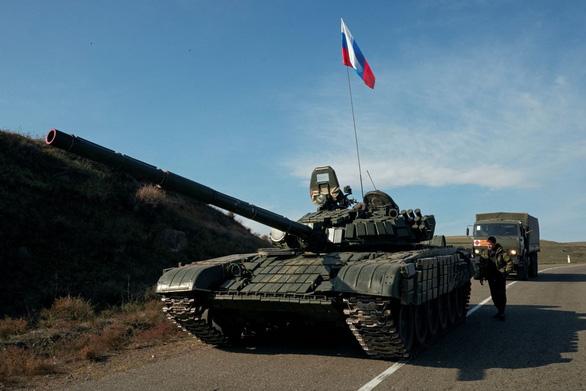 Lực lượng gìn giữ hòa bình của Nga đã tới Nagorno-Karabakh thực thi nhiệm vụ - Ảnh 1.