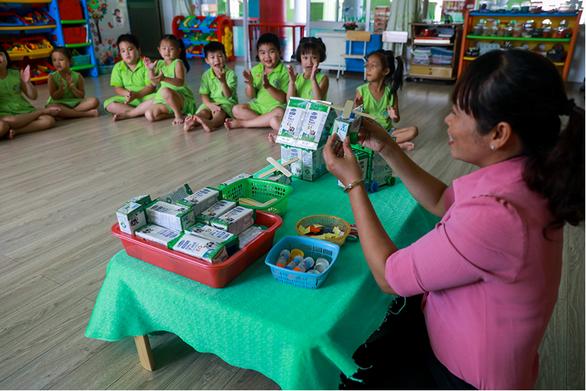Chương trình sữa học đường TP.HCM mở rộng đến 24 quận, huyện - Ảnh 6.