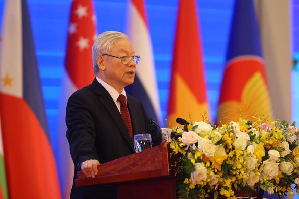 Tổng bí thư, Chủ tịch nước phát biểu khai mạc Hội nghị cấp cao ASEAN 37 - Ảnh 1.