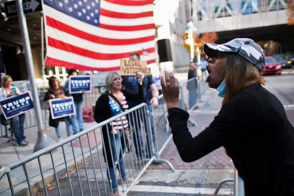 Các nhóm biểu tình ủng hộ ông Trump đổ về thủ đô Washington tuần này - Ảnh 1.