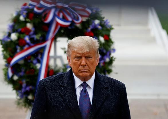 Ông Trump khoe đã có 73 triệu phiếu hợp lệ bầu cho ông - Ảnh 1.