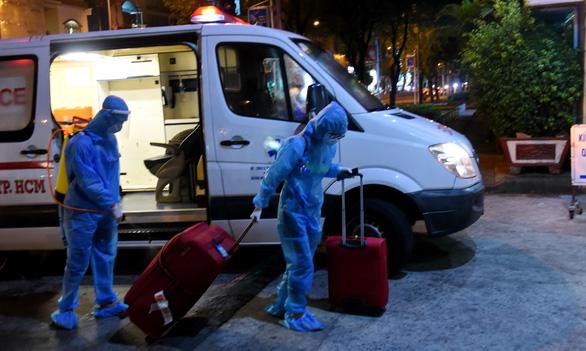 Người nhập cảnh liên tục mắc COVID-19, Việt Nam cảnh giác tình hình nhập cảnh lậu - Ảnh 1.
