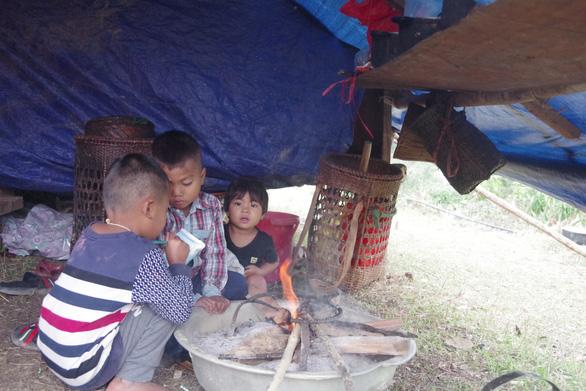 Sau mưa lũ, người dân bản Sắt vẫn chưa có chỗ định cư - Ảnh 1.