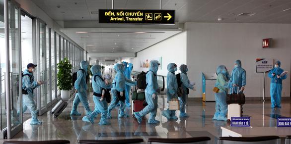 Cảnh báo việc lừa đảo bán vé máy bay đưa công dân về Việt Nam - Ảnh 1.