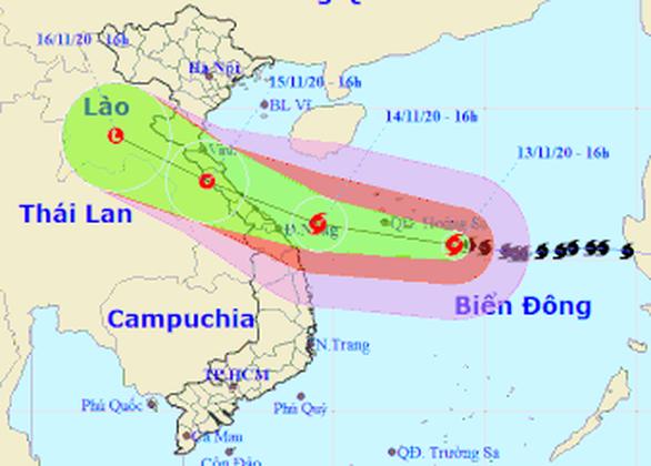 Bão số 13: Từ đêm nay 13-11, vùng biển miền Trung gió giật trên cấp 7 - Ảnh 1.