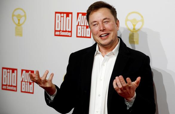 Elon Musk xét nghiệm COVID-19 4 lần cho kết quả: 2 dương tính, 2 âm tính - Ảnh 1.