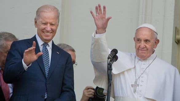 Đức Giáo hoàng gọi điện chúc mừng ông Biden - Ảnh 1.