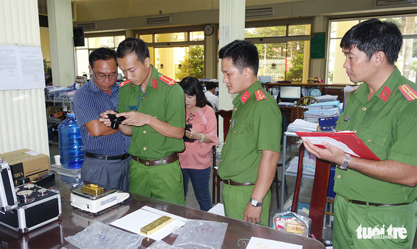 Vụ bắt 51kg vàng: Phó thủ tướng Trương Hòa Bình gửi thư khen Công an An Giang - Ảnh 2.