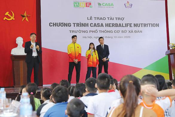 Quỹ Herbalife Nutrition Foundation (HNF) hỗ trợ dinh dưỡng cho hơn 800 em nhỏ có hoàn cảnh khó khăn. - Ảnh 2.