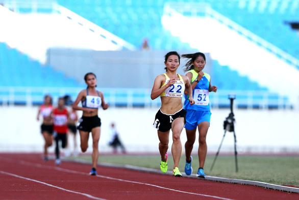 Nguyễn Thị Oanh phá kỷ lục quốc gia tồn tại suốt 17 năm - Ảnh 2.