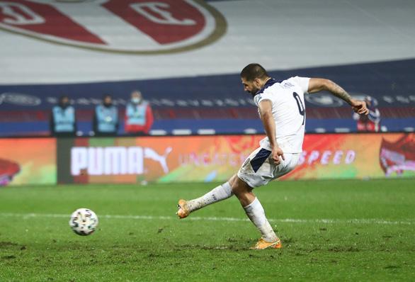 Đánh bại Serbia trên chấm luân lưu, Scotland giành vé dự VCK Euro sau 25 năm - Ảnh 3.
