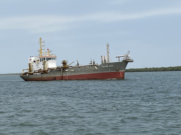 Trình 2 phương án duy trì nạo vét luồng Soài Rạp cho tàu lớn cập cảng - Ảnh 1.