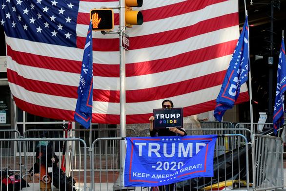 Tòa án Pennsylvania xử Trump thắng, nhiều phiếu bầu vô danh bị loại bỏ