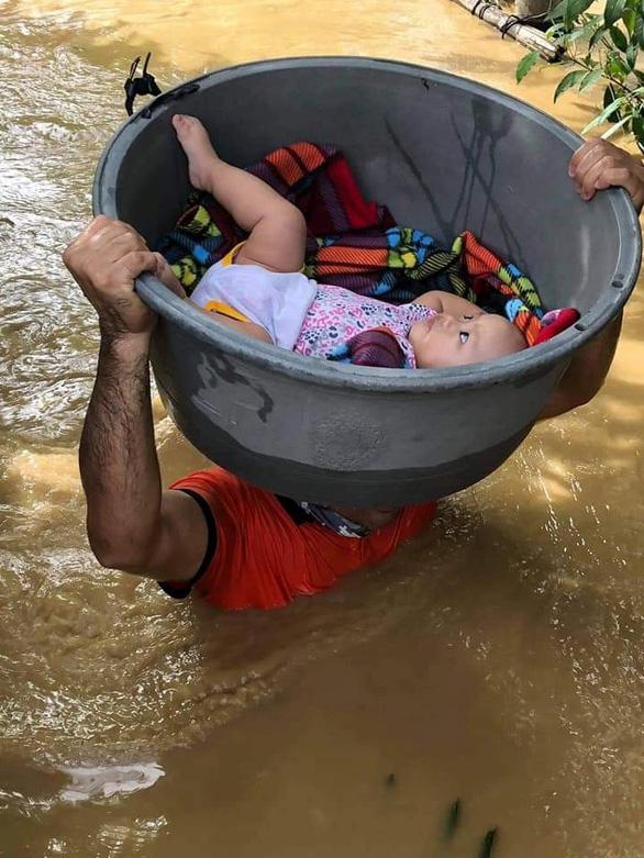 Bão Vamco làm 53 người chết ở Philippines, trở thành bão chết chóc nhất năm 2020 - Ảnh 4.