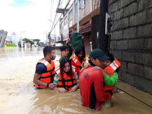 Bão Vamco làm 53 người chết ở Philippines, trở thành bão chết chóc nhất năm 2020 - Ảnh 3.