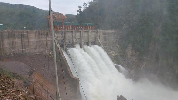 Thừa Thiên Huế đưa công an lên thủy điện Thượng Nhật giám sát xả nước 24/24 - Ảnh 1.