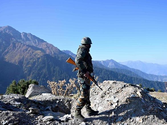 Ấn Độ - Pakistan đấu pháo dữ dội ở Kashmir, hơn 13 người chết - Ảnh 1.