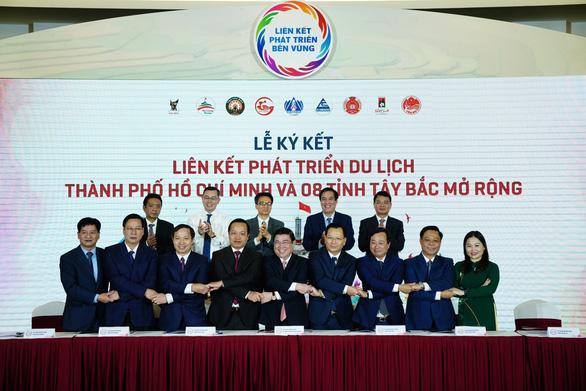 TP.HCM bắt tay cùng 8 tỉnh Tây Bắc vực dậy du lịch nội địa - Ảnh 1.