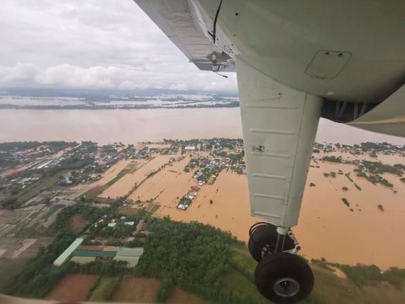 Bão Vamco làm 53 người chết ở Philippines, trở thành bão chết chóc nhất năm 2020 - Ảnh 1.