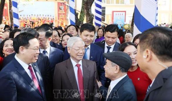 Tổng bí thư, Chủ tịch nước Nguyễn Phú Trọng về thăm trường cũ - Ảnh 4.