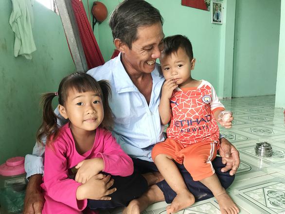 Xóm Việt kiều Campuchia đói cá - Ảnh 4.