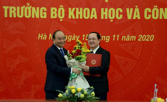 Thủ tướng trao quyết định ông Huỳnh Thành Đạt làm bộ trưởng Bộ Khoa học - công nghệ - Ảnh 1.