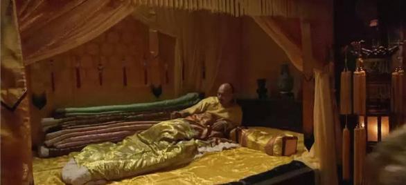 Kính sự phòng: Chuyện phòng the hậu cung từ phim đến lịch sử - Ảnh 5.