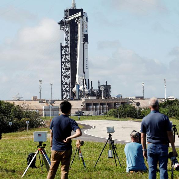 Thừa thắng xông lên, sáng mai SpaceX đưa 4 nhà du hành lên ISS - Ảnh 3.