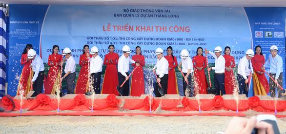 Triển khai thi công các gói thầu cao tốc Dầu Giây - Phan Thiết - Ảnh 1.