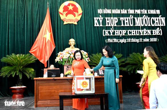 Phú Yên bầu bổ sung chủ tịch HĐND, chủ tịch và 2 phó chủ tịch UBND tỉnh - Ảnh 2.