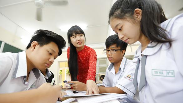 Yêu nghề dạy học - Kỳ 1: Ba thế hệ cùng làm nhà giáo - Ảnh 1.