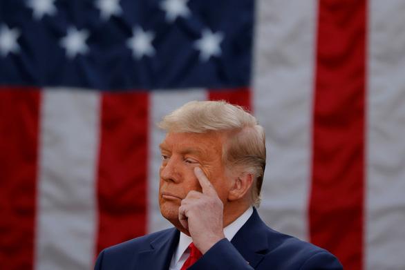 Ông Trump tweet rất dài: 'Hiến pháp vĩ đại bị vi phạm chưa từng có' - Ảnh 1.