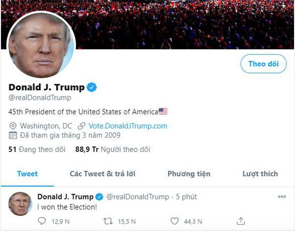 Ông Trump 2 lần trong ngày tuyên bố đã chiến thắng bầu cử - Ảnh 1.