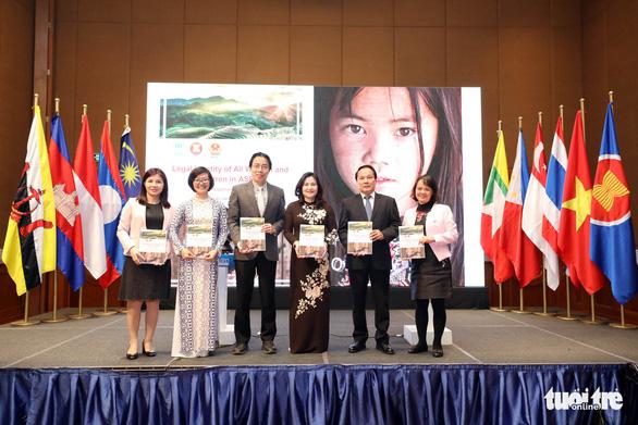 Trẻ em bị bỏ rơi, không rõ cha mẹ cũng có quốc tịch Việt Nam - Ảnh 1.
