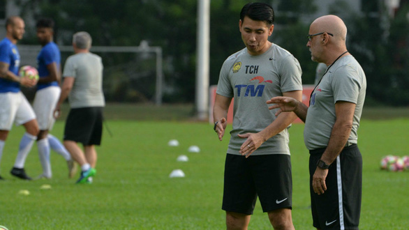Bóng đá Malaysia rối tung rối mù - Ảnh 1.
